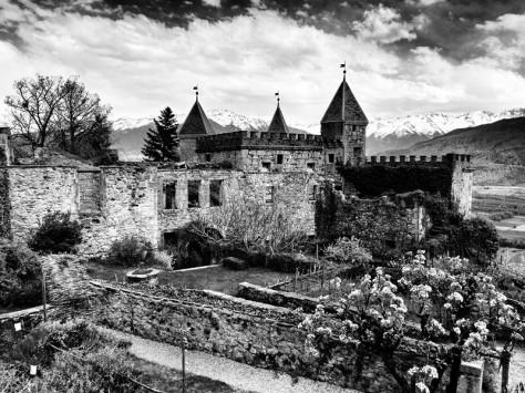 Le château de Miolans à Saint-Pierre-d'Albigny - Savoie