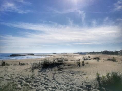 Plage de la Fontaine et plus loin plage du Lido